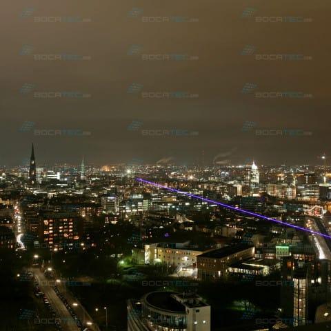 Laser über Stadt