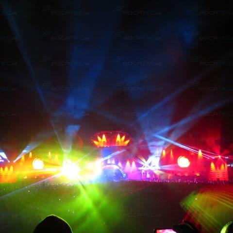 bunte Lasershow auf dem Dance Festival Airbeat One