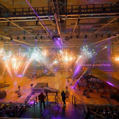 Indoor Bühnenfeuerwerk mieten