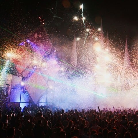 Magic-FX-Stadium-shot-Festival-Konfetti