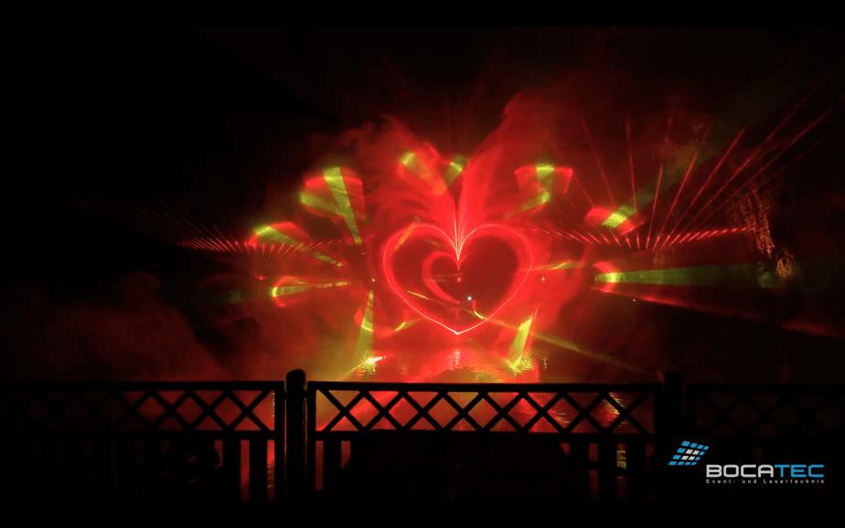 Lasershow mit Herz für Hochzeit