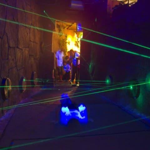 Maze Misson mit Laserstrahlen