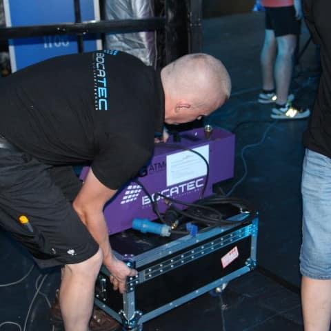 Aufbau der Lasershow