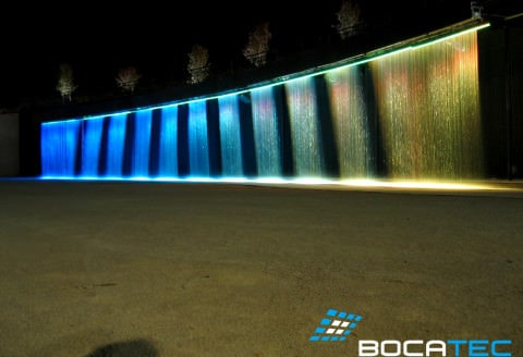 Waterscreen with LED-lighting