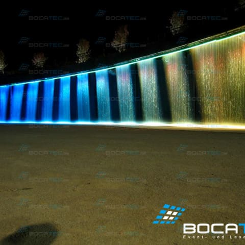 Waterscreen with LED lighting