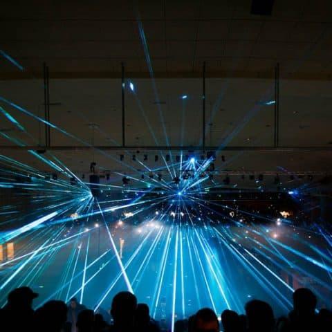 Blaue Laserstrahlen
