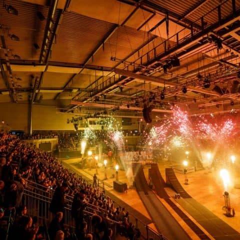 064_5643_feuerwerk für indoor events_1