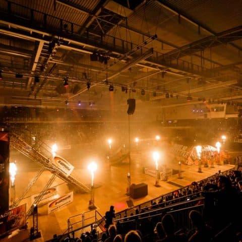 070_5711_feuerwerk für indoor events_1