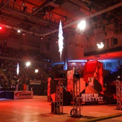 117_6063_feuerwerk für indoor events_1