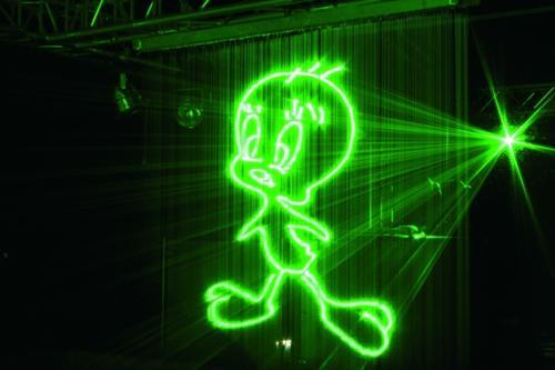 Lasershows auf Wasserflächen
