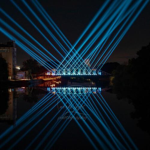 Weserbrücke-illuminiert