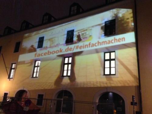 Videoprojektion auf Hausfassade