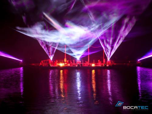live-act-_0011_Lichtshow auf dem Wasser